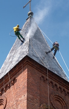 cleaning slate roof tiles